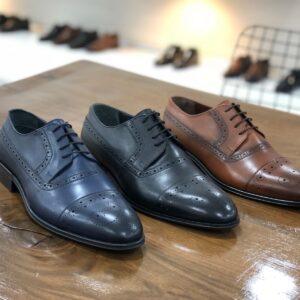 Elegantne muske cipele, za odelo, odela